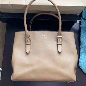 Kate Spade Cove Street Airel in Dune